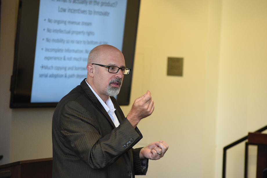 Tom Ginsburg, the Leo Spitz Professor of International Law, taught a class on Constitutional Law and Economics.